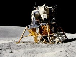Heroux-Devtek-Lunar-Module-lg